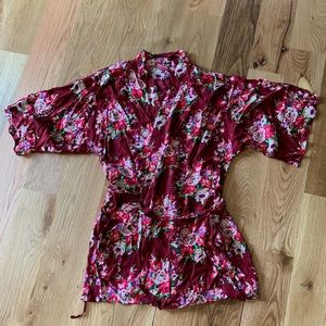 Other - NWOT Floral robe